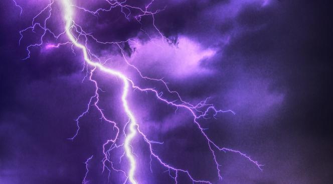IMGW wydał kolejne ostrzeżenie o burzach z gradem